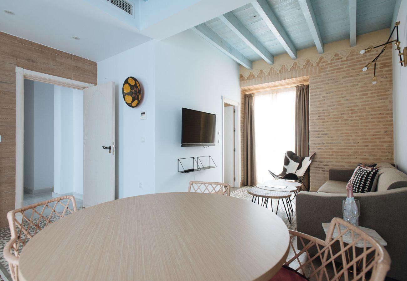 Alquiler por habitaciones en Sevilla - Casa Assle Suite balcones 2