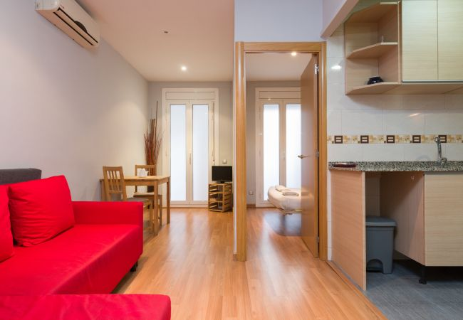 in Barcelona - Cute restored flat for rent with private terrace in Barcelona center, Gracia